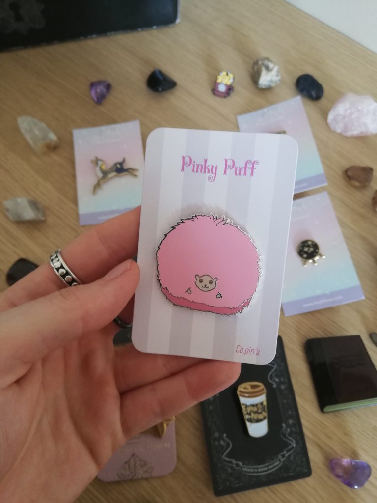 Pin's Pinky Puff marque Co.Pin's