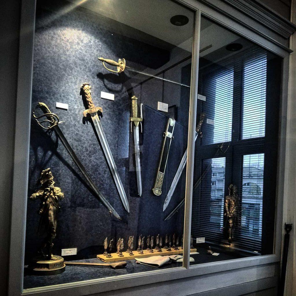 Musee des canonniers à Lille salle 1 vitrine